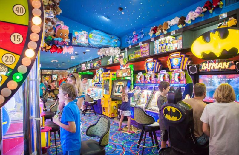 Arcade at Grand Bear Resort at Starved Rock