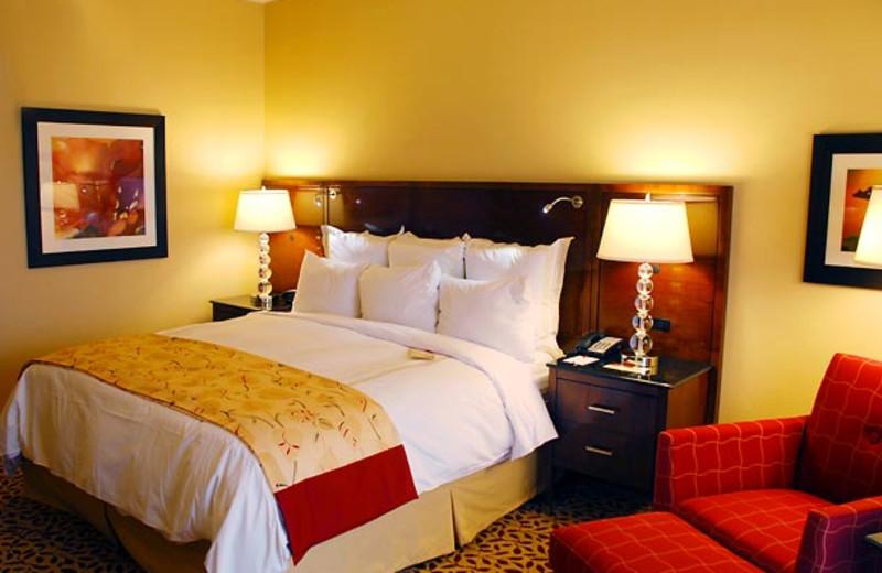 Guest room at Visalia Marriott.
