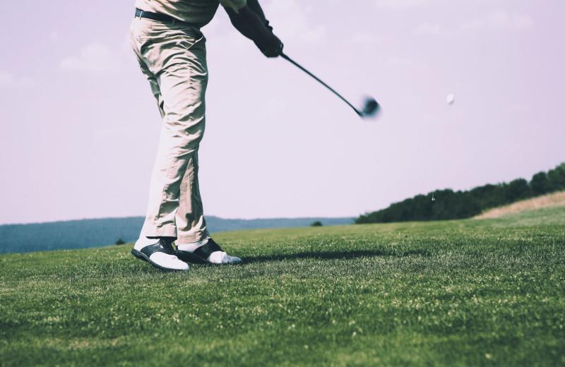 Golf near Gentry River Ranch.