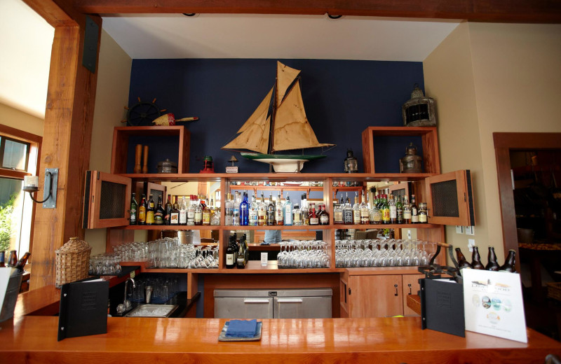 The bar at Middle Beach Lodge.