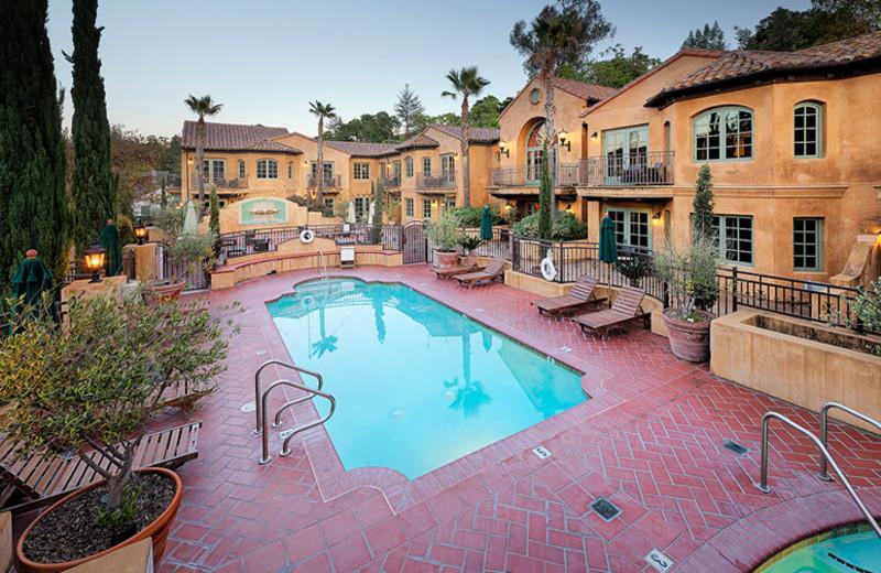 Swimming Pool & Hot Tub at Hotel Los Gatos