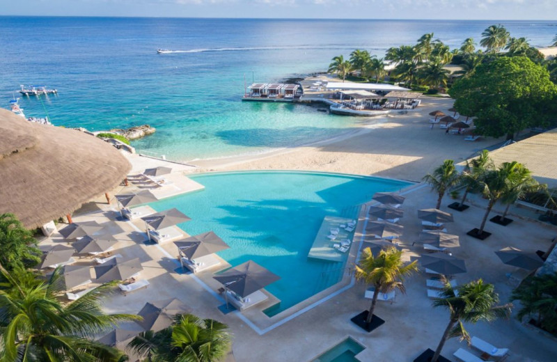 Outdoor pool at Presidente Inter-Continental Cozumel.