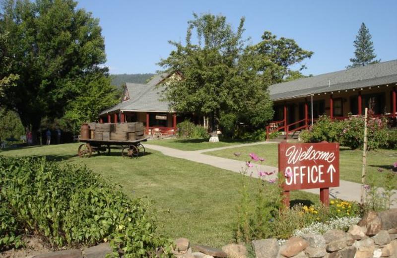 Exterior view of Sierra Sky Ranch Resort.
