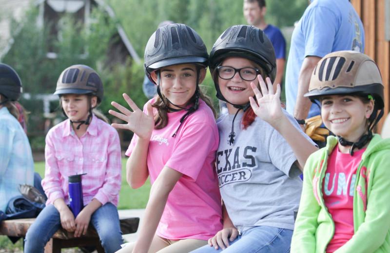 Kids groups at C Lazy U Ranch.
