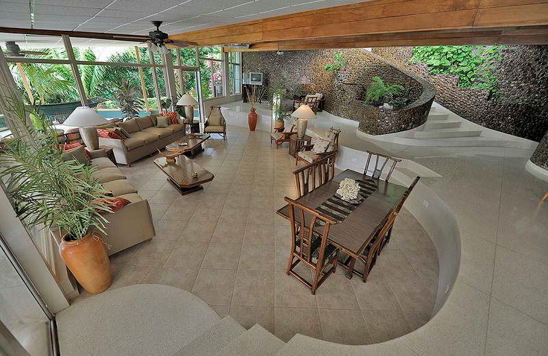 Lobby at Tropic Star Lodge.