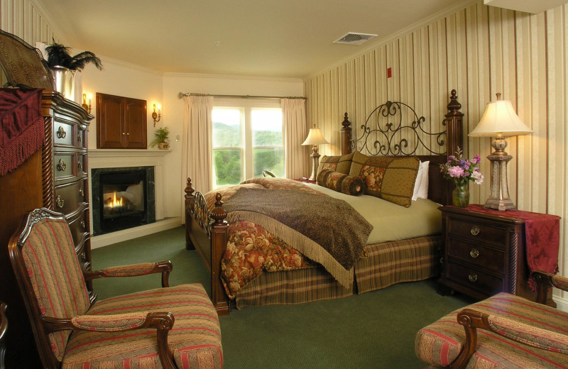 Guest room at The Inn at Thorn Hill & Spa.