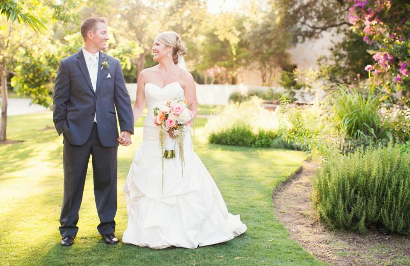 Wedding couple at Hyatt Regency Hill Country Resort and Spa.