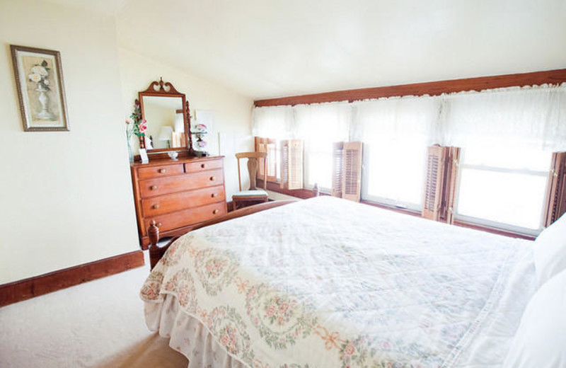 Guest room at The Royal Rose Inn Bed and Breakfast.