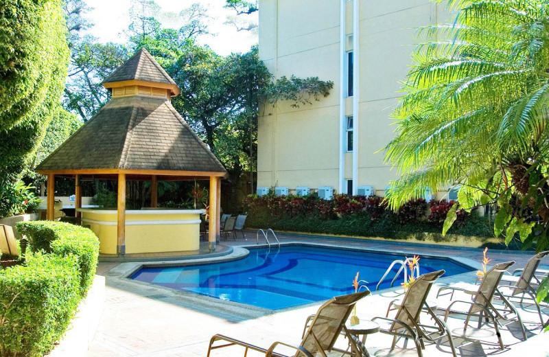 Pool at Apartotel Villas Del Rio.