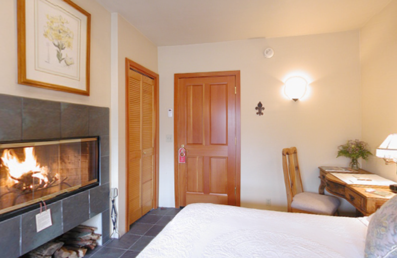 Country room at Sonoma Coast Villa & Spa Resort.