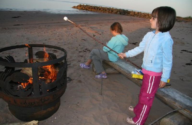 Family Bonfire at Pictou Lodge Resort