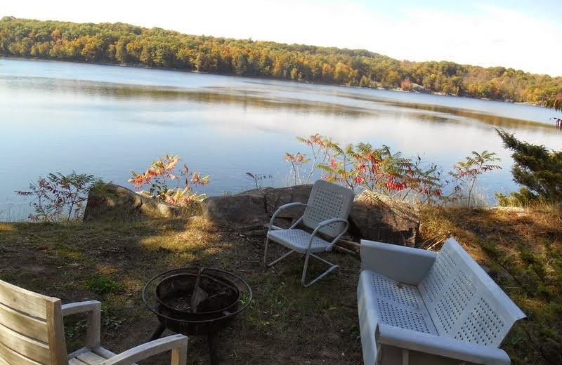 Cottage fire pit at Bob's Lake Cottages.