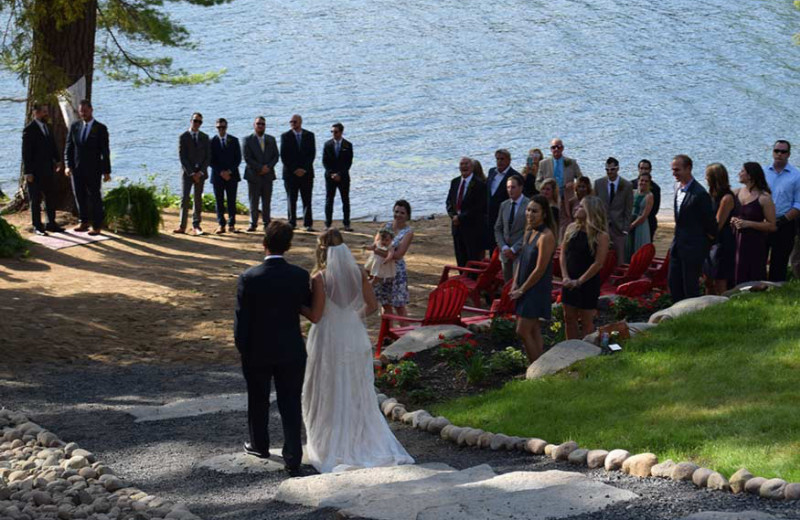 Weddings at White Lake Lodges.