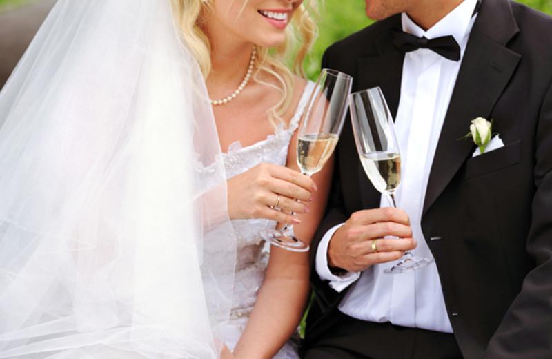 Wedding couple at Sheepscot Harbour Village & Resort.