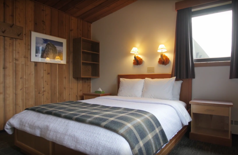 Guest room at Bugaboos Lodge.