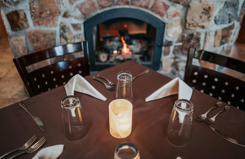 Dining at Stone Canyon Inn.