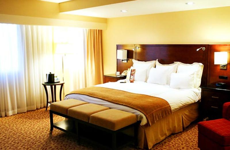 Guest room at Islandia Marriott Long Island.
