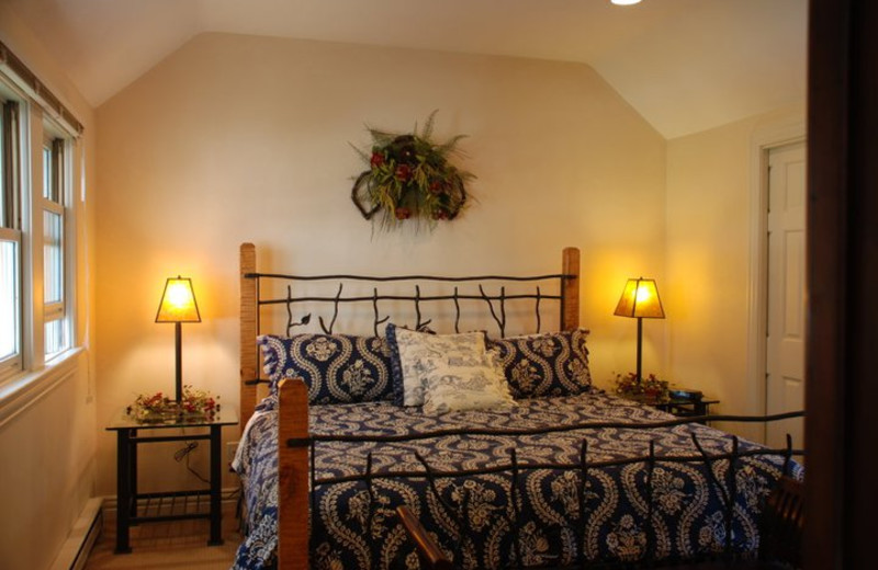Guest Bedroom at Lodgings at Pioneer Lane