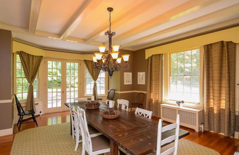 Rental dining room at Sandhills Rentals.