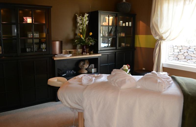 The spa at Summer Creek Inn & Spa.