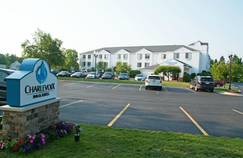 Exterior view of Charlevoix Inn & Suites.
