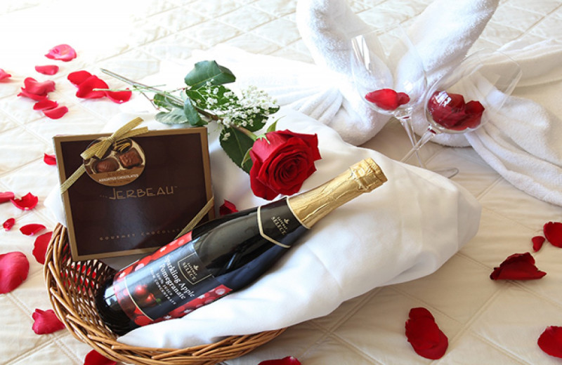 Romance packages at GrandStay Perham.