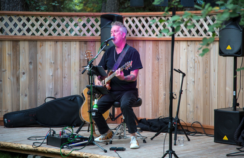 Live music at North Forty Resort.