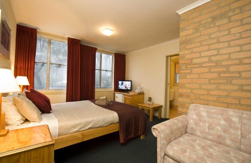 Guest room at Attunga Alpine Lodge.