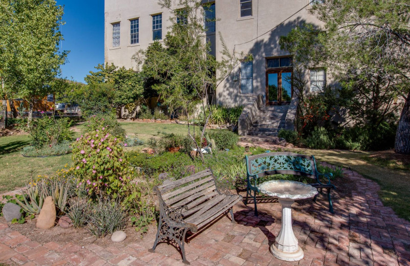 Garden at Noftsger Hill Inn.