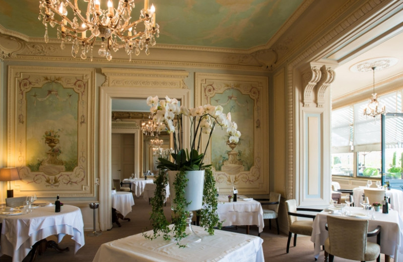 Dining at Hotel des Trois Couronnes.