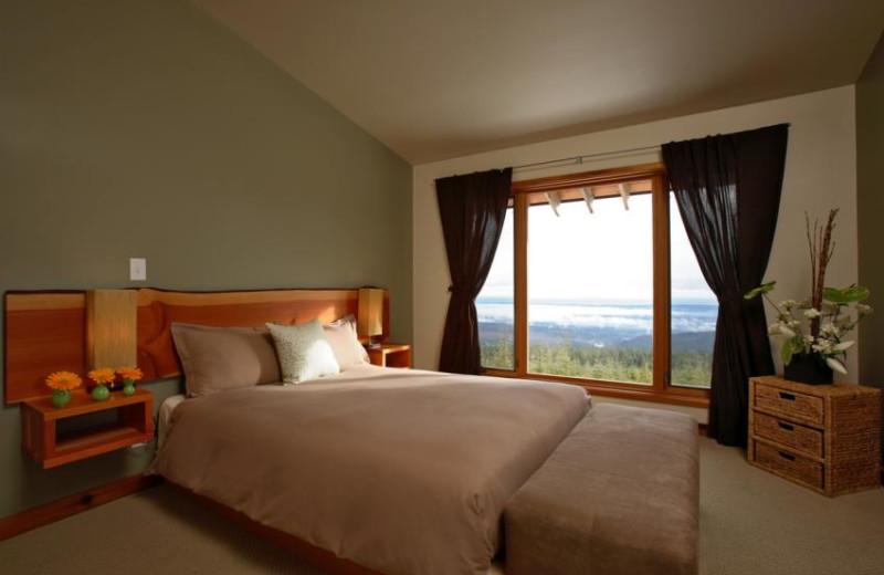 Guest room at Coastal Trek Health and Fitness Resort.