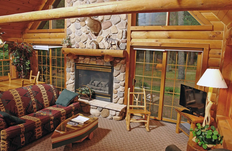 Cabin living room at The Beacons of Minocqua.