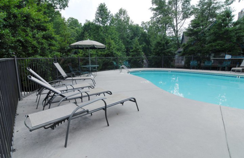 Outdoor pool at Fireside Chalets & Cabin Rentals.