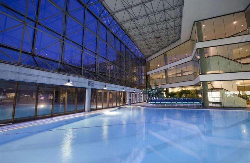 Indoor pool at Doral Arrowwood.