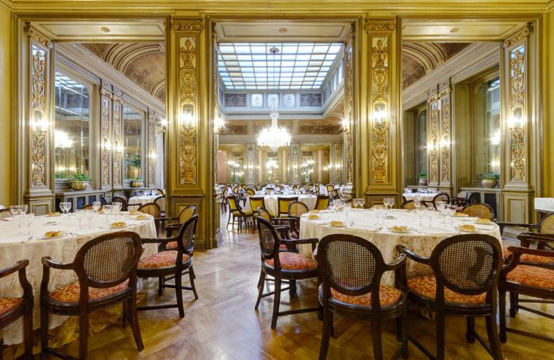 Dining at Grand Hotel et Des Palmes.