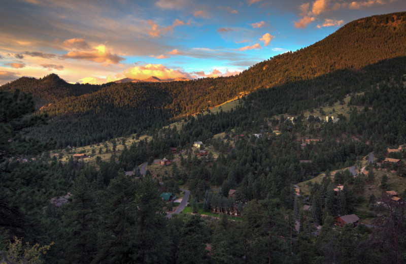 Mountain view at River Stone Resorts & Bear Paw Suites.