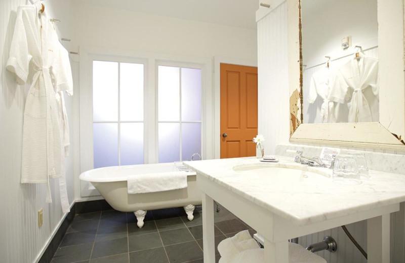 Guest bathroom at The Porches Inn.