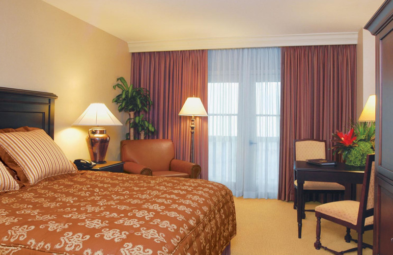 Guest room at Gaylord Texan Hotel & Convention Center.
