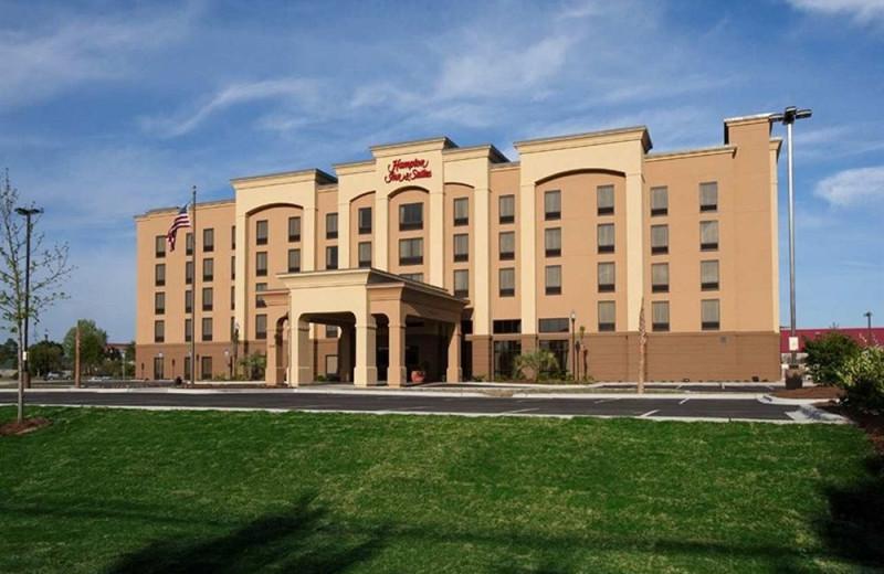 Exterior view of Hampton Inn & Suites Panama City Beach-Pier Park Area.