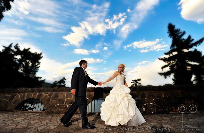 Wedding couple at Columbia Gorge Hotel.