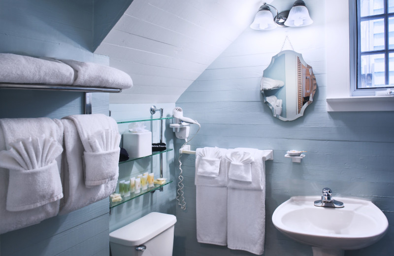 Guest bathroom at Island City House Hotel.