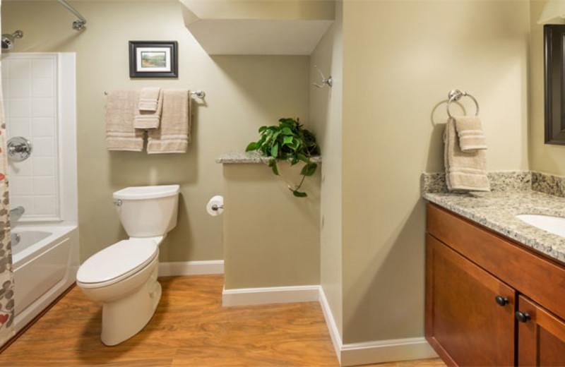 Guest bathroom at Summit Resort.