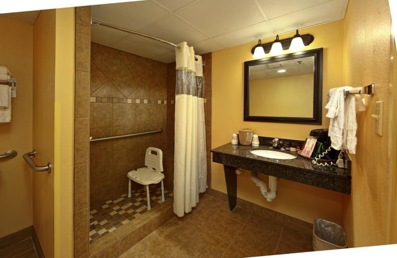 Guest bathroom at Old Creek Lodge.
