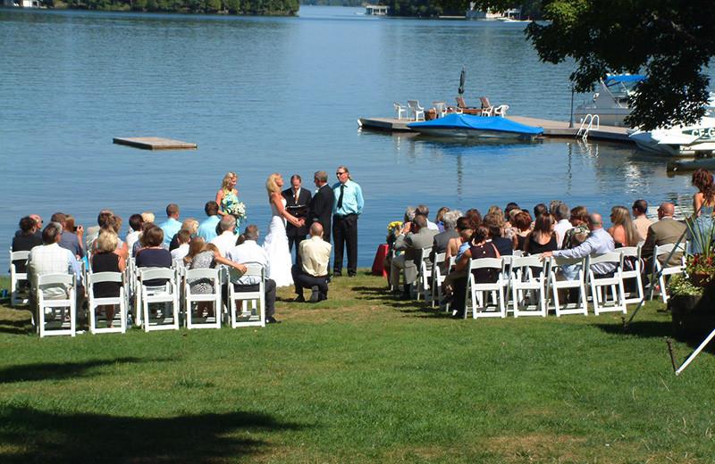 Wedding ceremony at Shamrock Lodge.