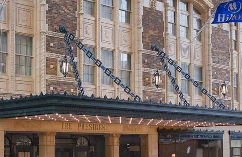 Exterior view of Hilton President Kansas City.