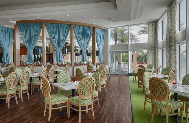 Dining at Moody Gardens Hotel Spa & Convention Center.