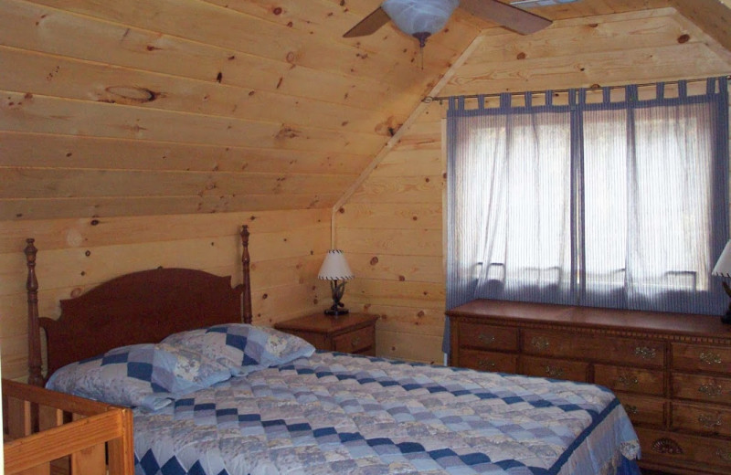 Guest room at Alpenhaus Cabins.