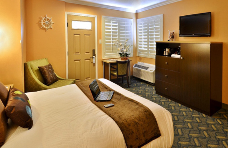 Guest room at Little Inn by the Bay.