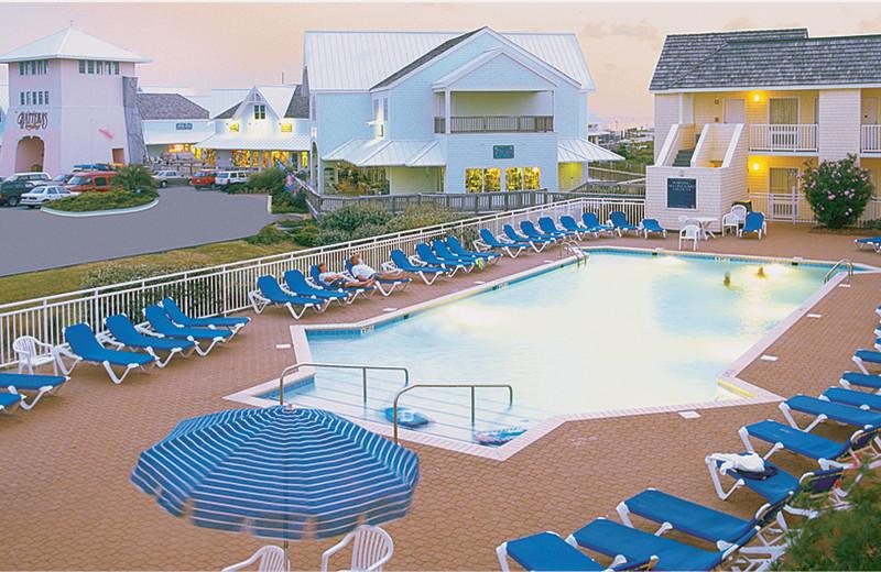 Outdoor pool area at The Villas of Hatteras Landing.