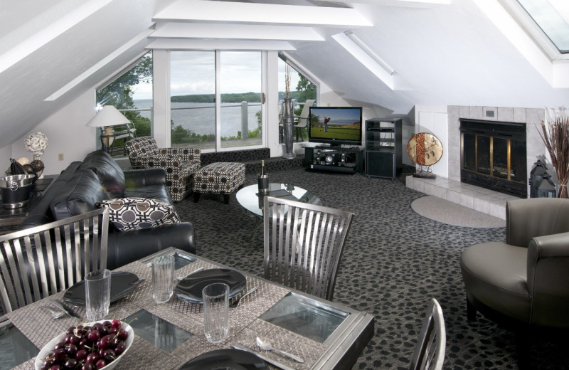 Great room in the Penthouse Suite at the Country House Resort.